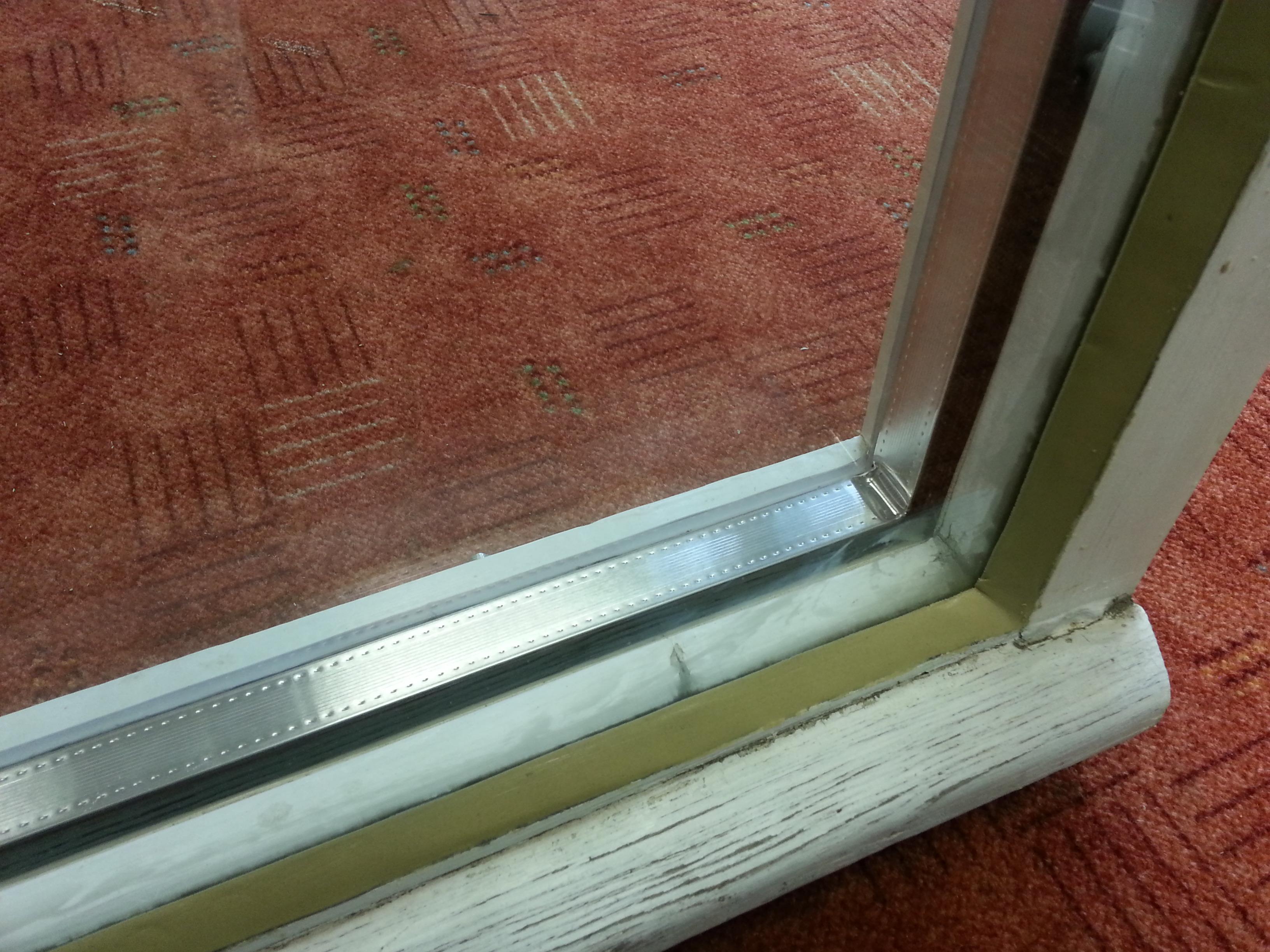 Hőszigetelt üveg régi ablakba